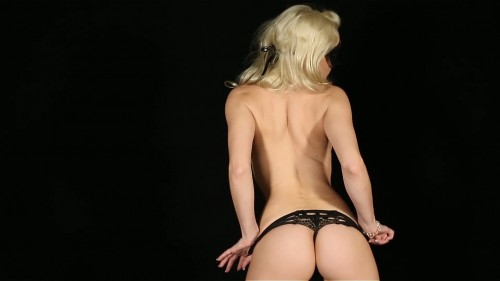 Liz Ashley Striptease