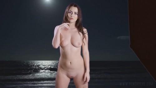 Ashleigh Rae – Retro Beach
