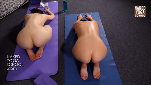 Naked Yoga For Complete Beginners (Only For Education)