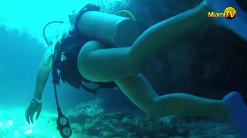 jenny scordamaglia scuba diving nude 720embedy cc