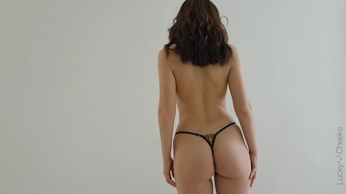 super sexy & hot g-string … Queen of Love …