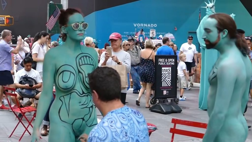 Bodypainting  on the private parts of women – World Bodypainting Festival 2019
